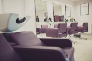 10590483 861520157202231 1921761237310189693 n 300x200 - Hair Spa Salon