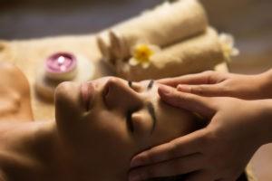 Head massage 300x200 - Head massage