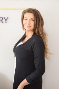 Ela Kaczmarek Profile 1 200x300 - Ela Kaczmarek Profile